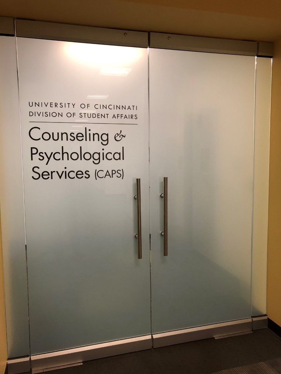 The entrance of UC's Counseling and Psychological Services.